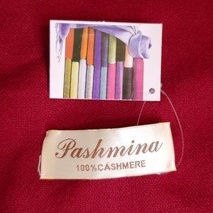 PASHMINA 100% cashmere Scarf  NWT